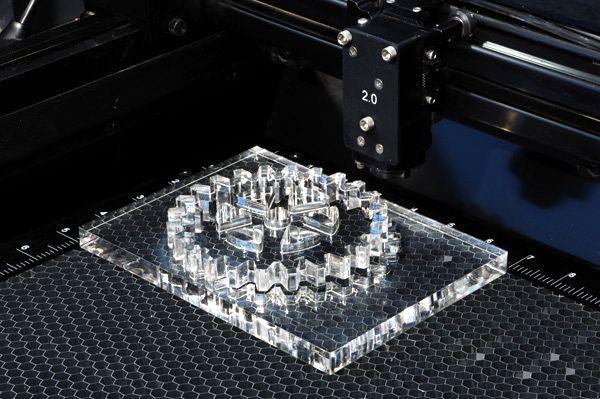 Лазерная 3D гравировка на оргстекле